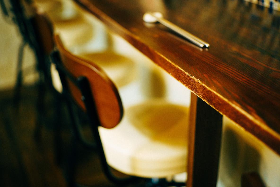韓国バルをカフェ風にセルフリノベ