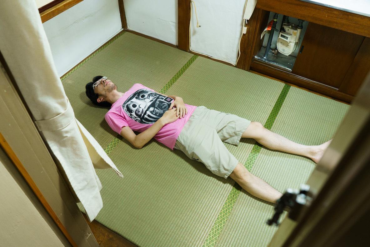 前編:自称ミニマリストは「レトロとモダン」「理想と現実」の狭間に生きる(渋谷)|みんなの部屋