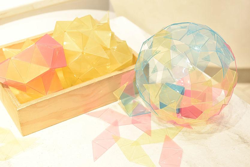 伊勢丹新宿店オススメの、インテリアや知育になる「キッズアイテム」空間や色彩を学べる「OVOV」