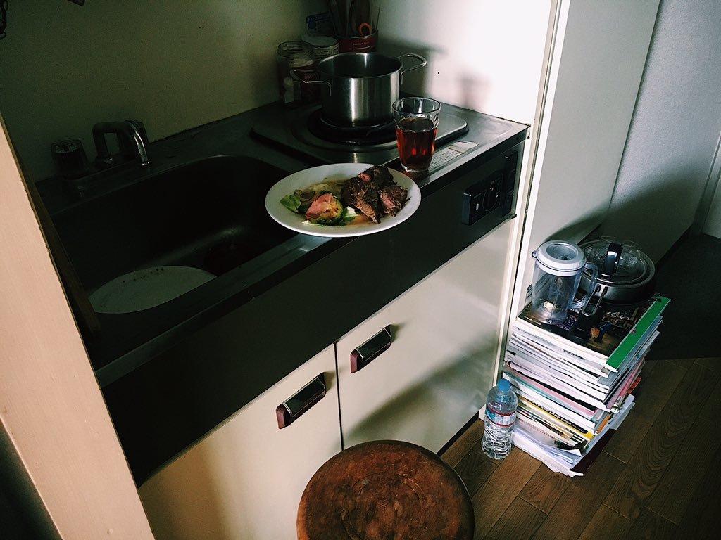 カップルの素敵な食卓