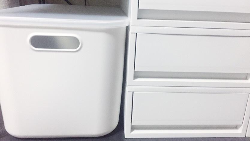 無印良品のポリプロピレンケース ホワイトグレーをスタッキングしたイメージ