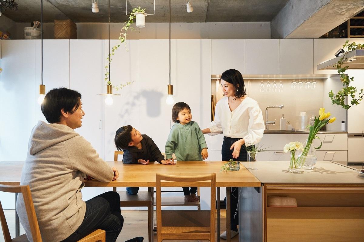 フルリノベしたマンションに住む4人家族、休日の過ごし方は?
