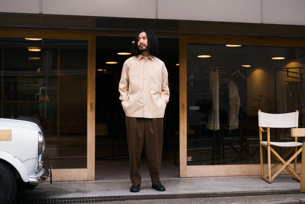 まるでヌメ革。希少なコットンでつくられたシャツには、ファッション業界を変革する兆しが詰まっているんだ