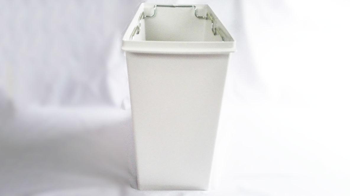 無印良品のポリプロピレンフタが選べるダストボックスのイメージ