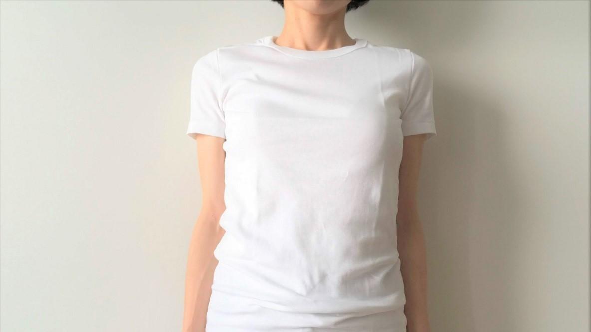 街にあふれる「白Tシャツ」の中から、私がプチバトーを選ぶ理由|マイ定番スタイル