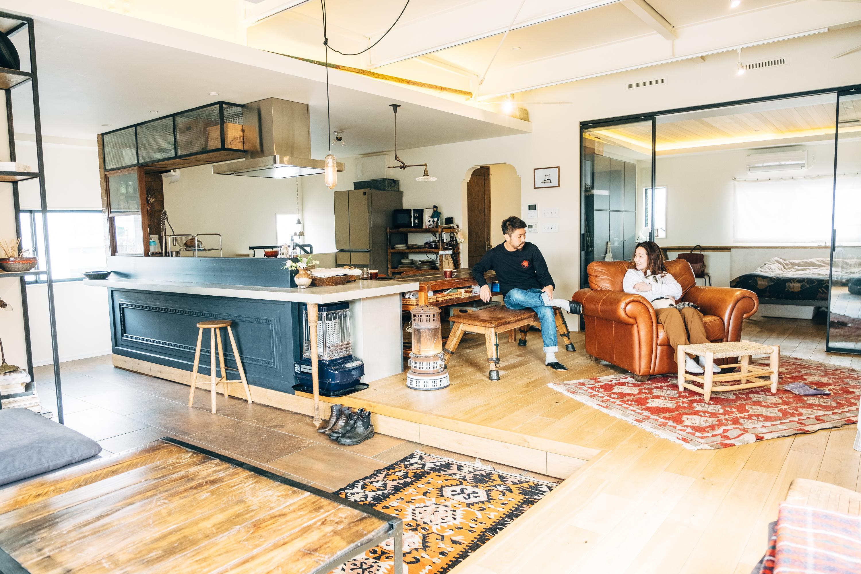 3階建てのビルをリノベして、2階は花屋に。大胆な選択から生まれた、開放感溢れる住まい(石川県 金沢市) みんなの部屋