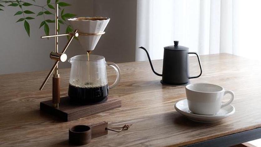 このセットさえあれば、初心者でも本格的なコーヒーが淹れられるらしいぞ…!