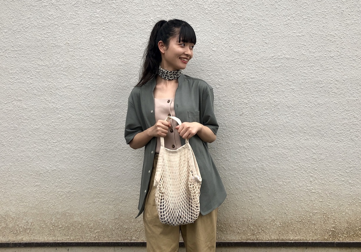 無印のメッシュバッグを見せる収納として使ってみる。もちろんお出かけにもピッタリだよ | マイ定番スタイル