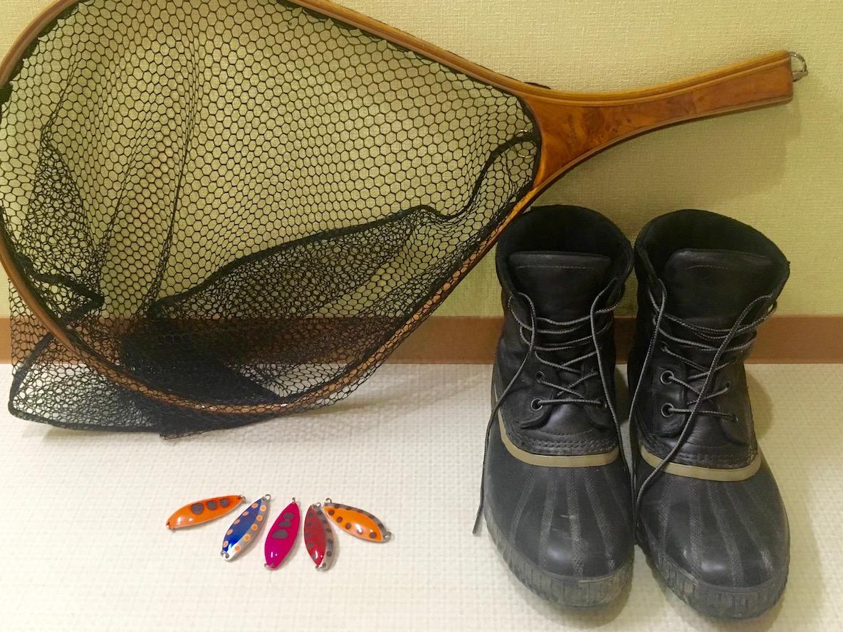 SORELのアウトドアブーツを履いてサケに会いに行く、秋冬の水辺で足元を支えてくれるピカイチの安心感   マイ定番スタイル