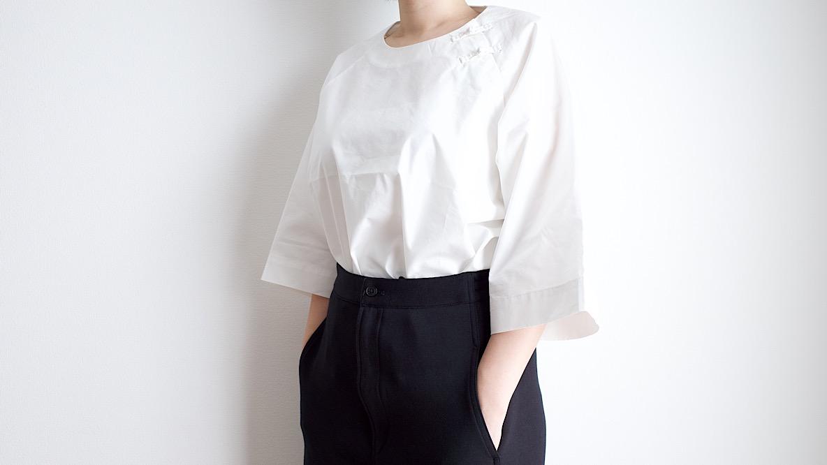 無印良品のチャイナシャツっぽいこれ、美シルエットすぎる…! 1枚でサマになるから楽チンだよ|マイ定番スタイル