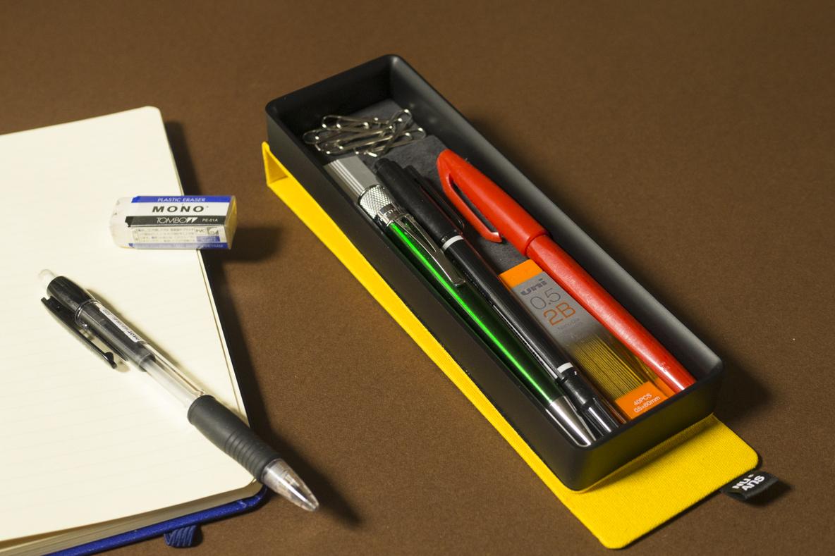 スタイリッシュで機能的なオトナのペンケース! マグネットの開閉がクセになる使い心地だな〜 | マイ定番スタイル