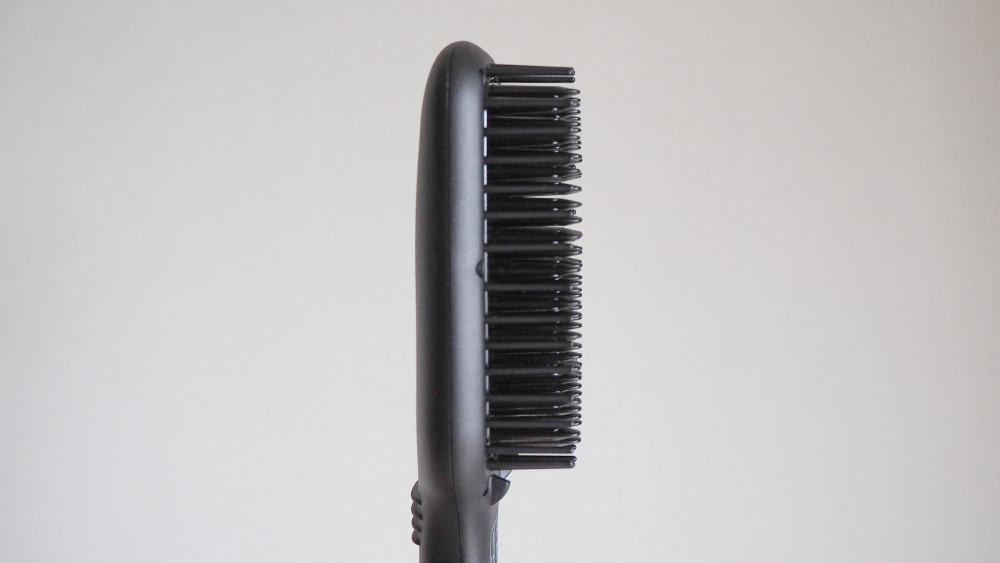 アイロン、コテより「ブラシ」が正解だった!細かい作業をしなくても髪がサラサラだ…|マイ定番スタイル