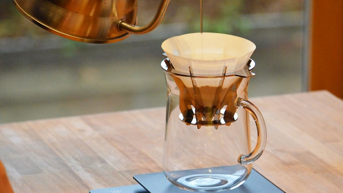 たった6gの粉量でコーヒーをドリップできるなら、かなりコスパよくないか…? | ROOMIE(ルーミー)