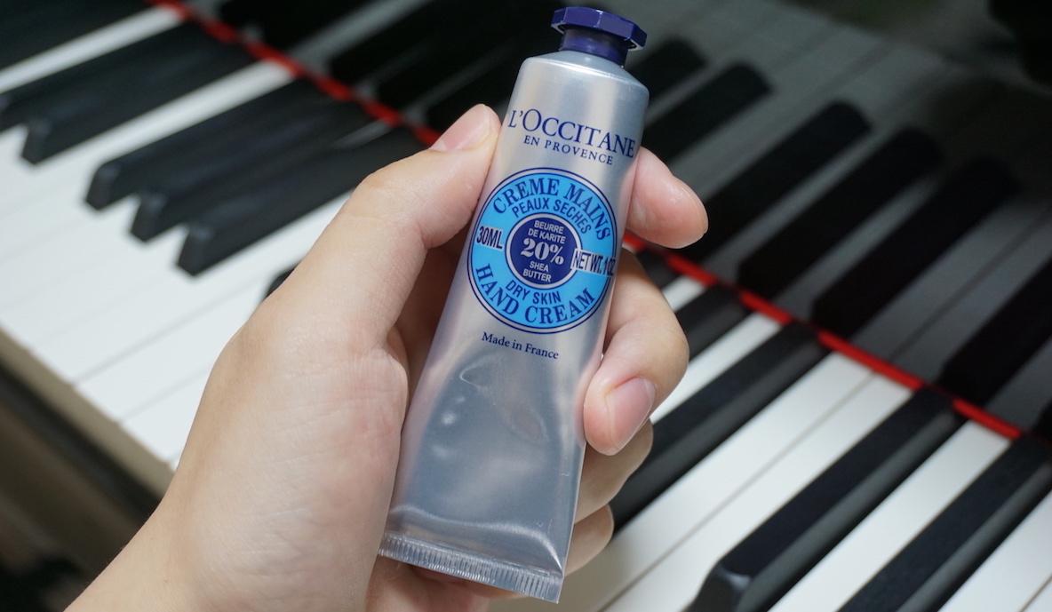 ピアニストの僕が、ロクシタンの定番ハンドクリームを愛用する理由はね…|マイ定番スタイル