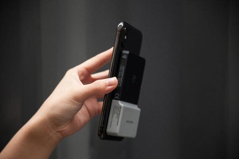 バッテリー ライト モバイル