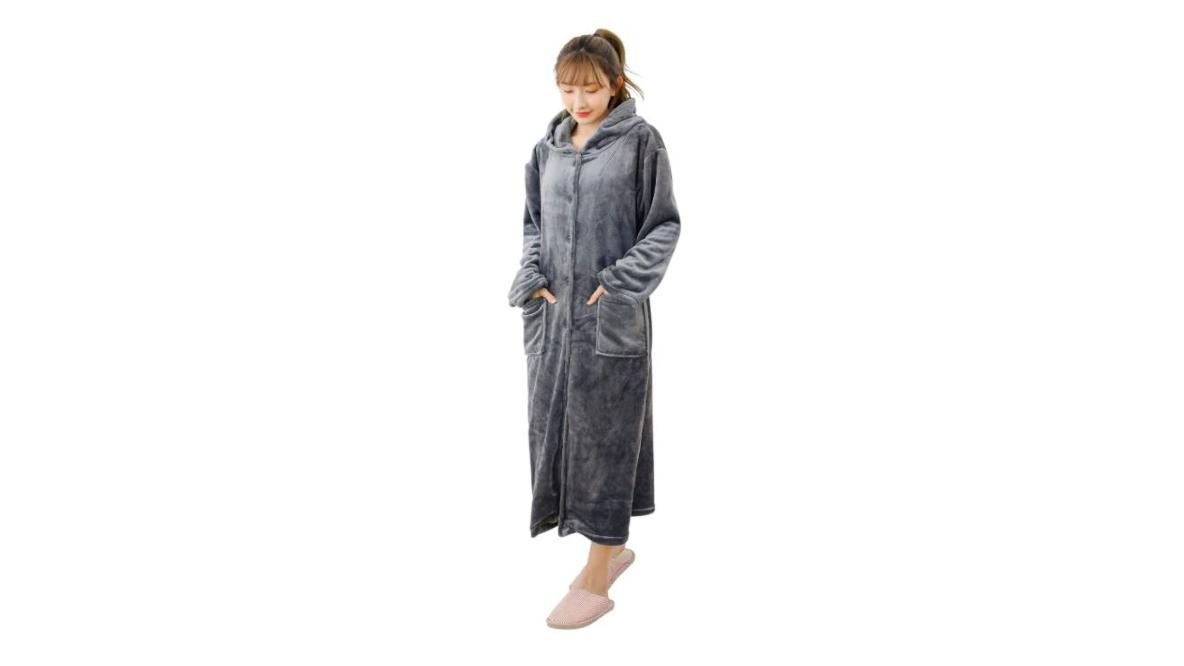毎日寒〜い冬でも、着る毛布ならあったかく過ごせそうだ