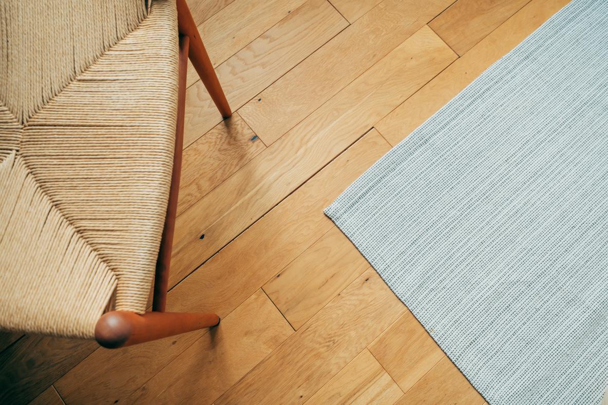 DIYした無垢材の床