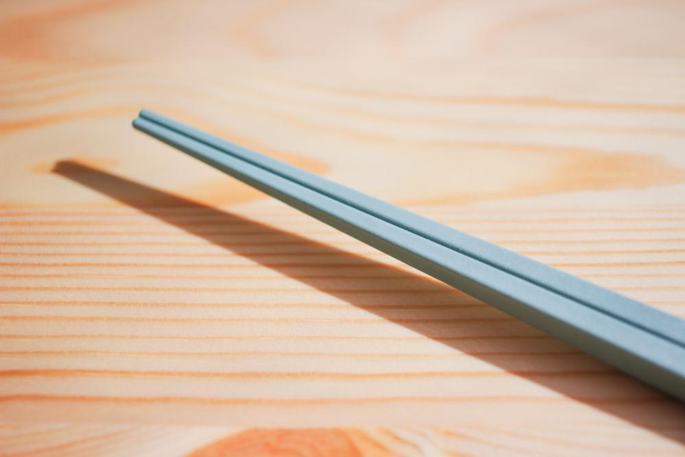 透明な箸置き…!? これを導入しただけで、日々の食事が豊かになったんだ|マイ定番スタイル