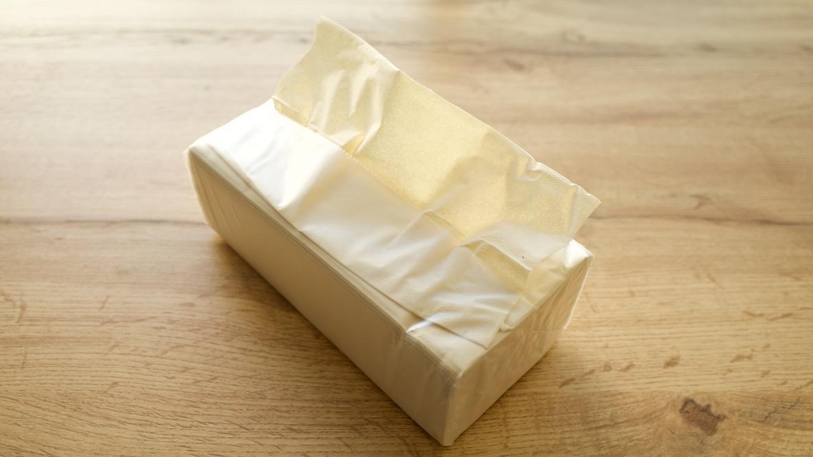 ティッシュケース、やめました。無印良品のコレにしたら箱を潰す手間も省けて最高だった! マイ定番スタイル