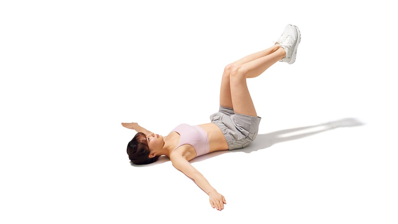 骨盤周辺のトレーニング「リバース・トランクツイスト」の動作その1