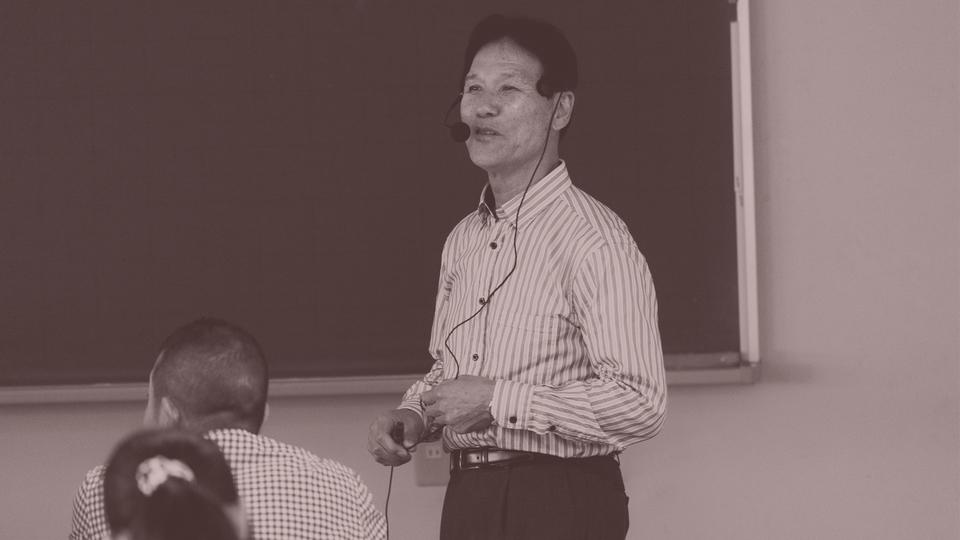 京都大学名誉教授の森谷敏夫先生