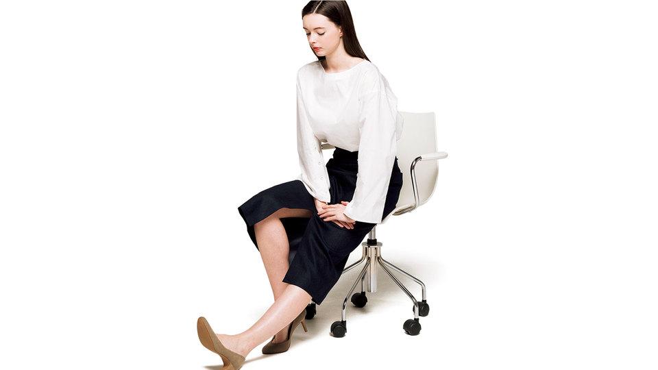 長時間の座りすぎで腰が凝るなら。通勤&オフィスでできる6つの「ながらトレ」
