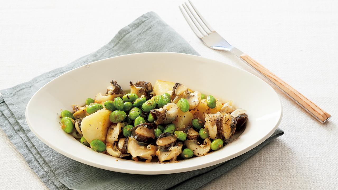 おつまみ貝と枝豆、ポテトのガーリックソテー