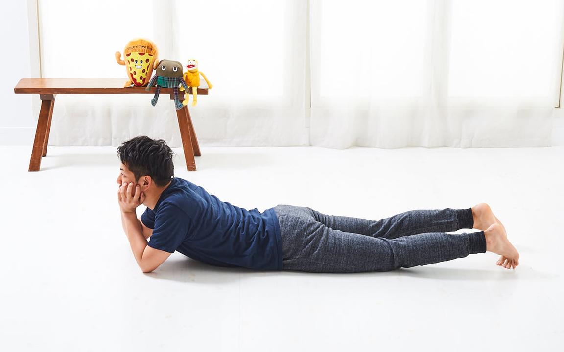 「腹直筋」の寝っ転がりながらトレ。Advanceレベル動作1