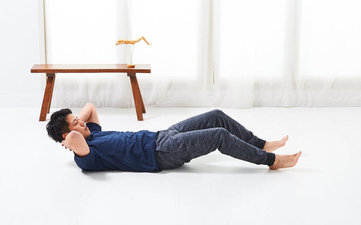 太ももを鍛える「寝っころがりながらトレ」Advance動作1