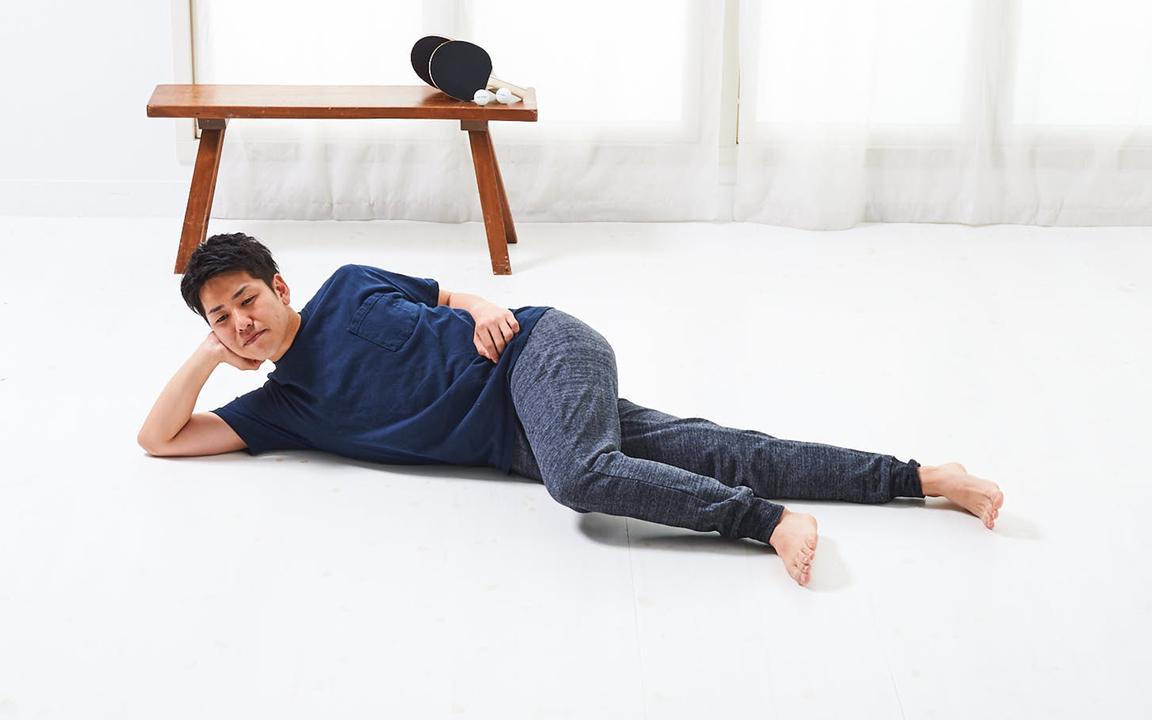 太ももの内側を鍛える「寝っころがりながらトレ」Basic動作1