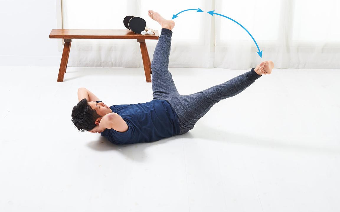 太ももの内側を鍛える「寝っころがりながらトレ」Advance動作2