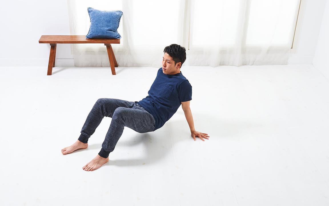 腕の筋肉を鍛える「寝っころがりながらトレ」Advance動作1