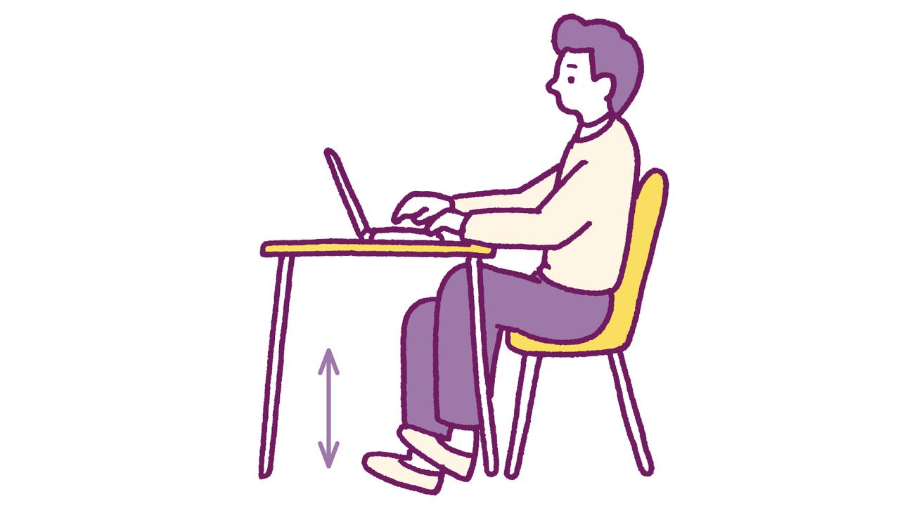 仕事中は坐っている時間が長いので、踵を床に落下させる踵落としで骨に刺激を入れる