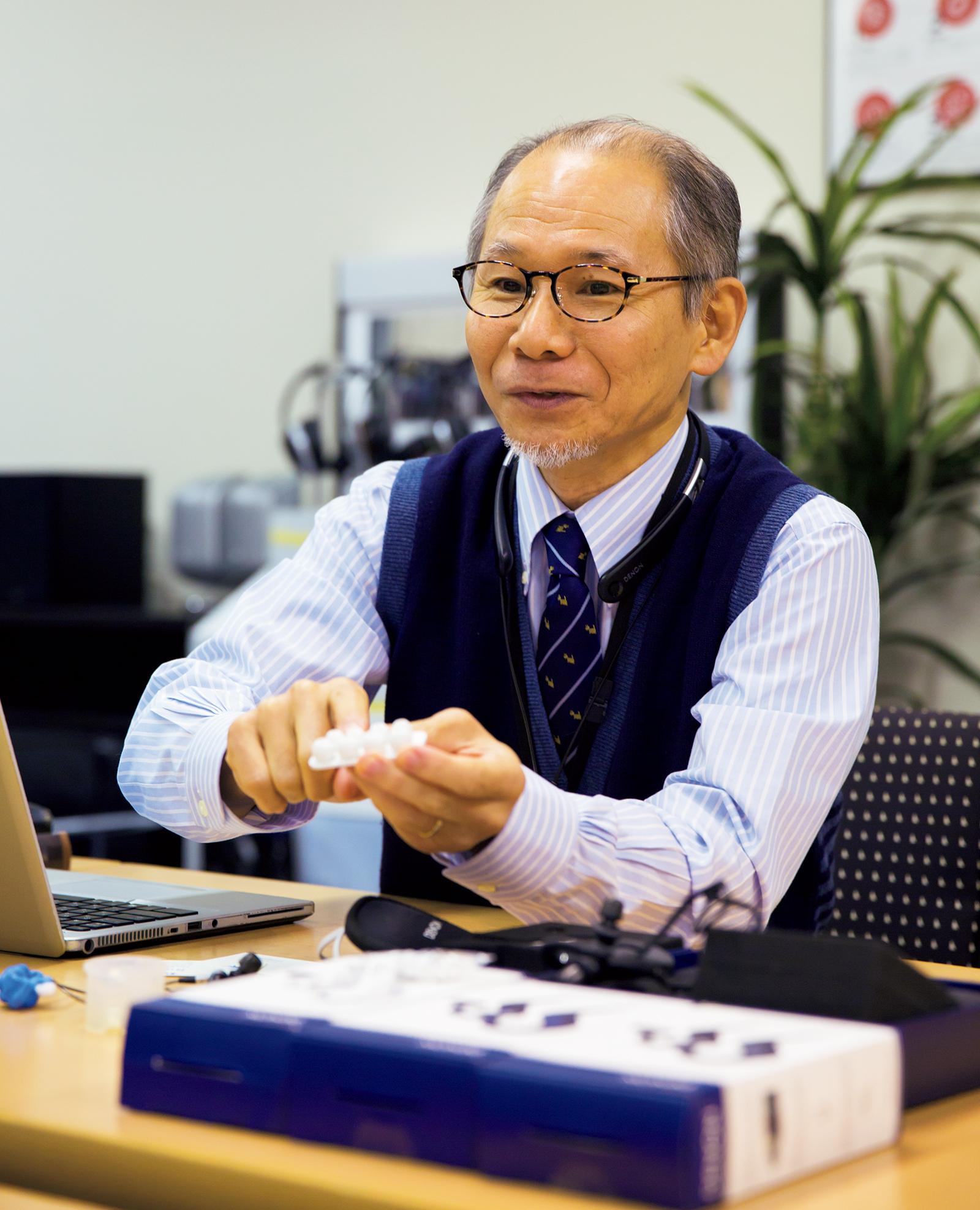 D&Mホールディングスにてライフスタイルエンジニアリング マネージャーとして、ヘッドホン/イヤホンの設計開発を統括する竹野勝義さん