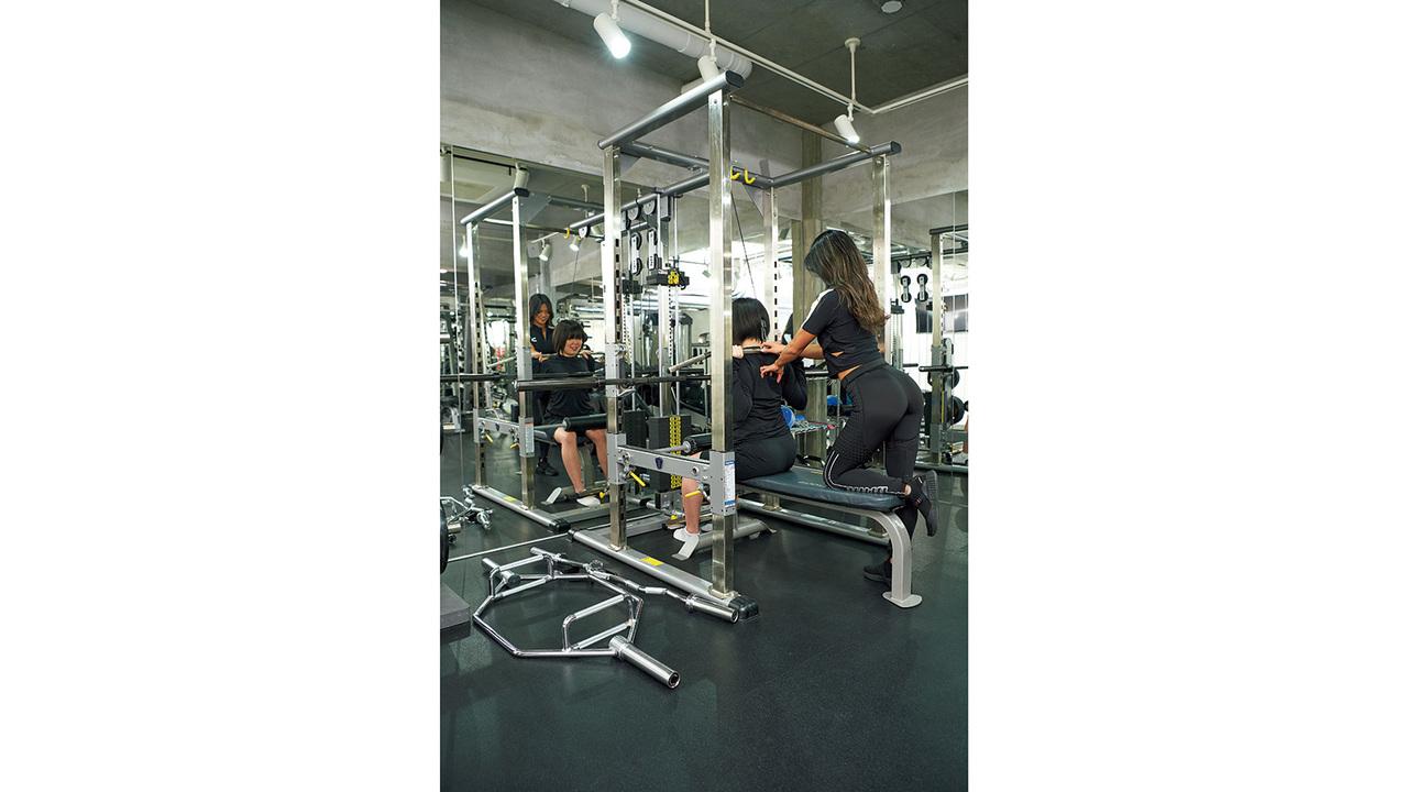 トレーニングから姿勢まで徹底指導。