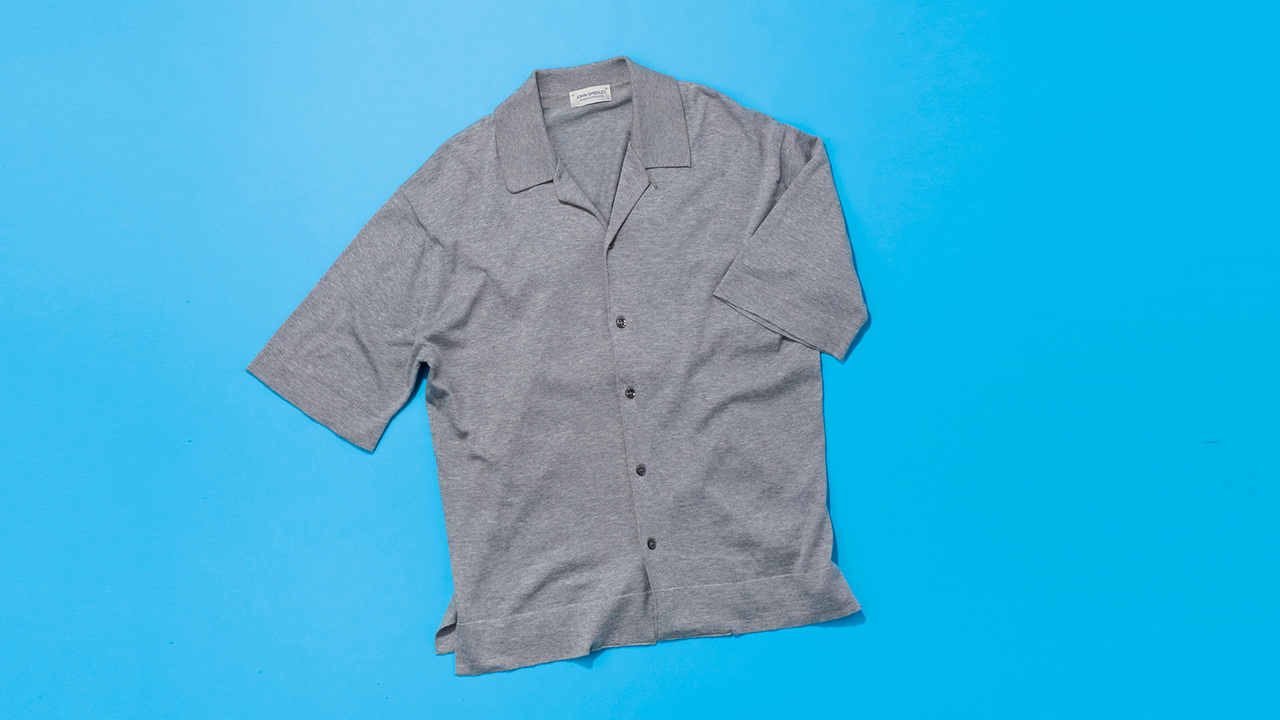 ジョン スメドレーの開襟シャツ