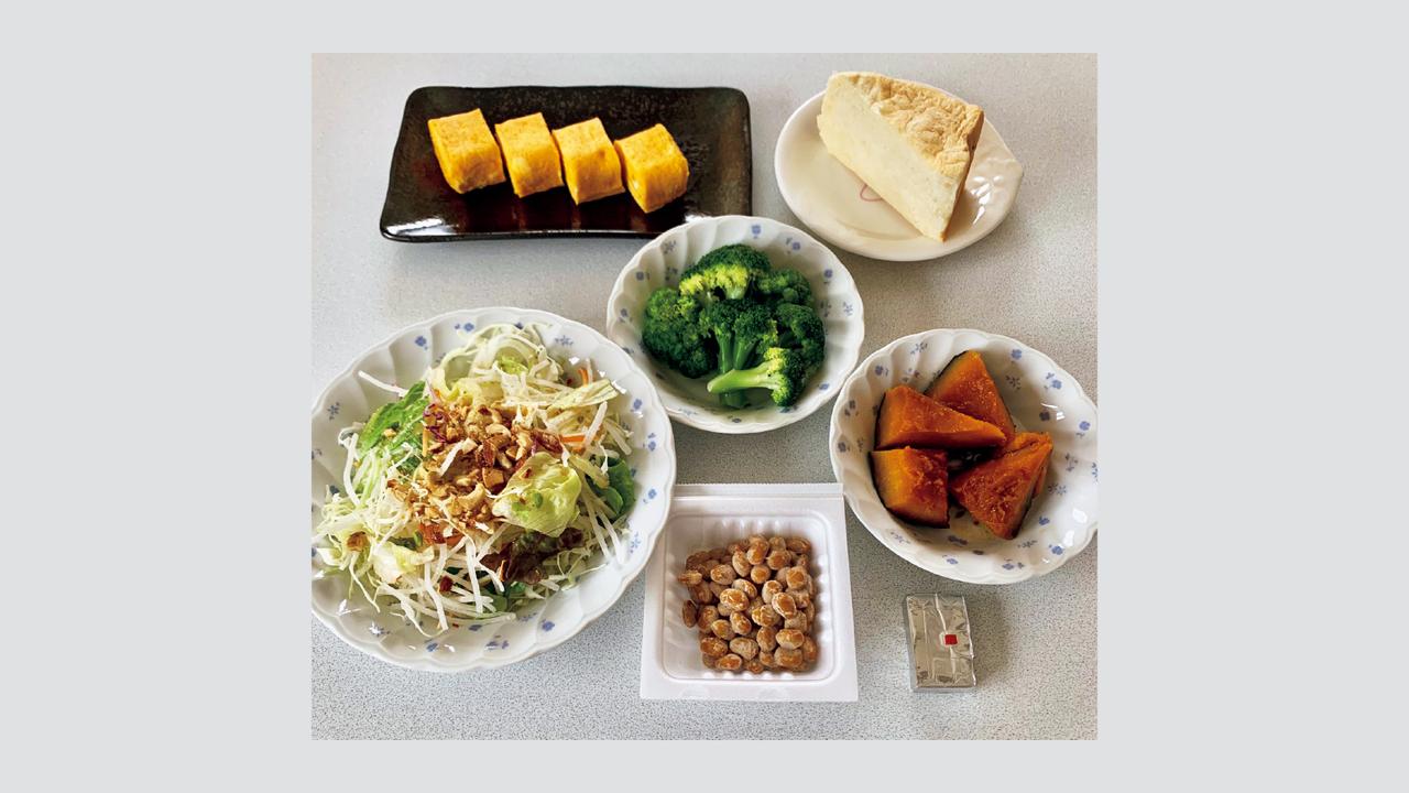タンパク質をしっかり摂取することを心がけ、食事はベジファーストが基本。