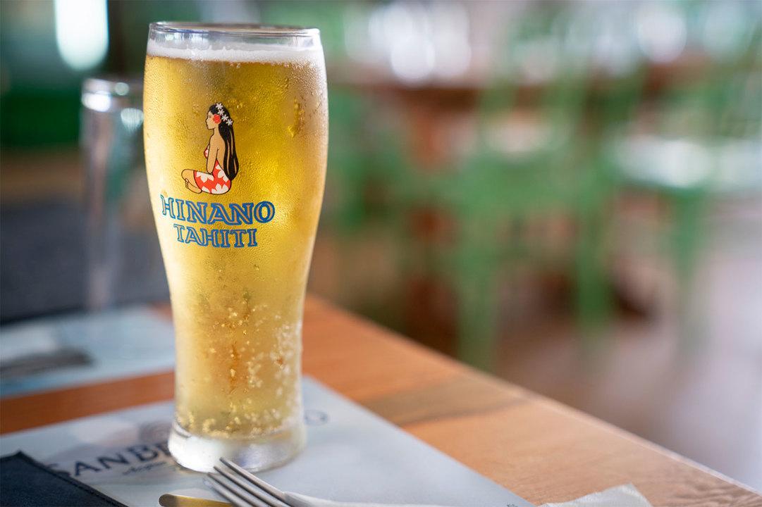 タヒチの地ビール〈ヒナノ〉