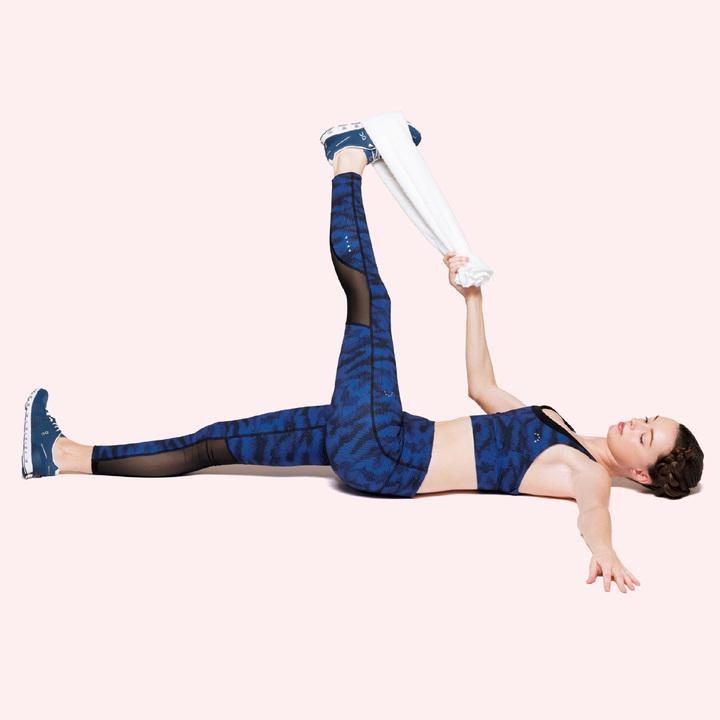 6. 腿裏のストレッチ+股関節の左右運動_01