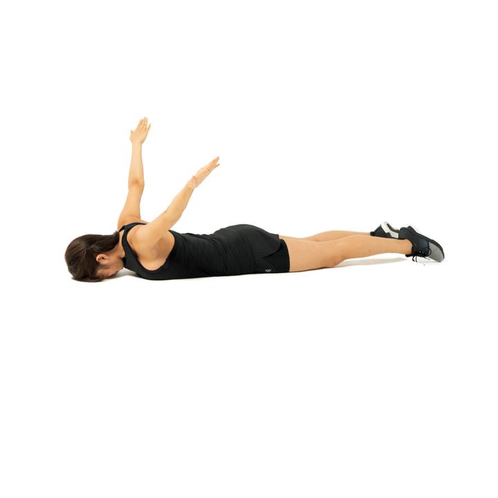 両腕を浮かせてまっすぐ伸ばし、肘を曲げずに腕を大きく上に回す。