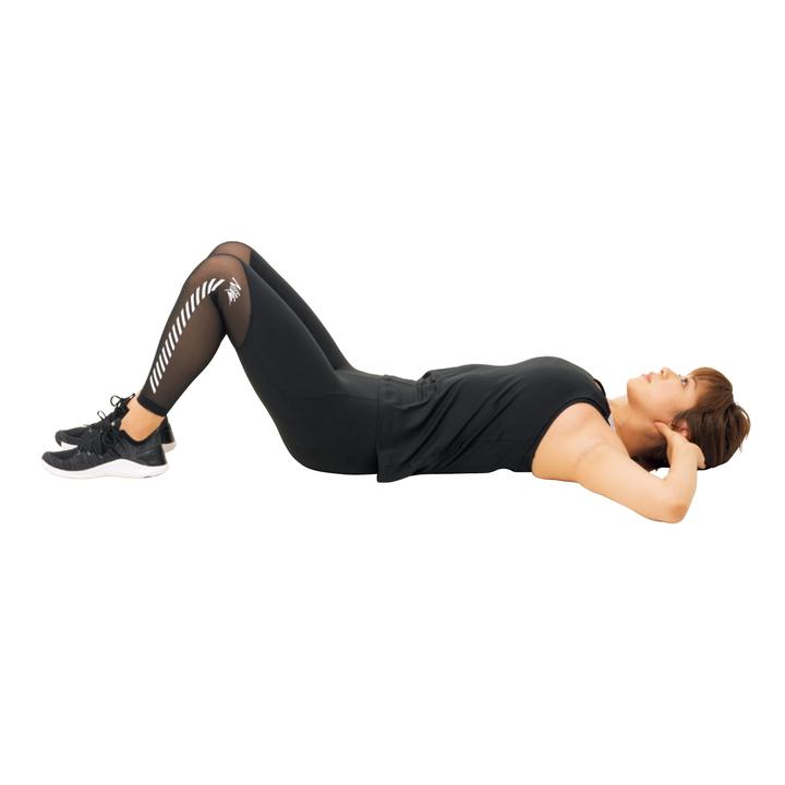 仰向けになって両膝を立て、片脚を上げる。