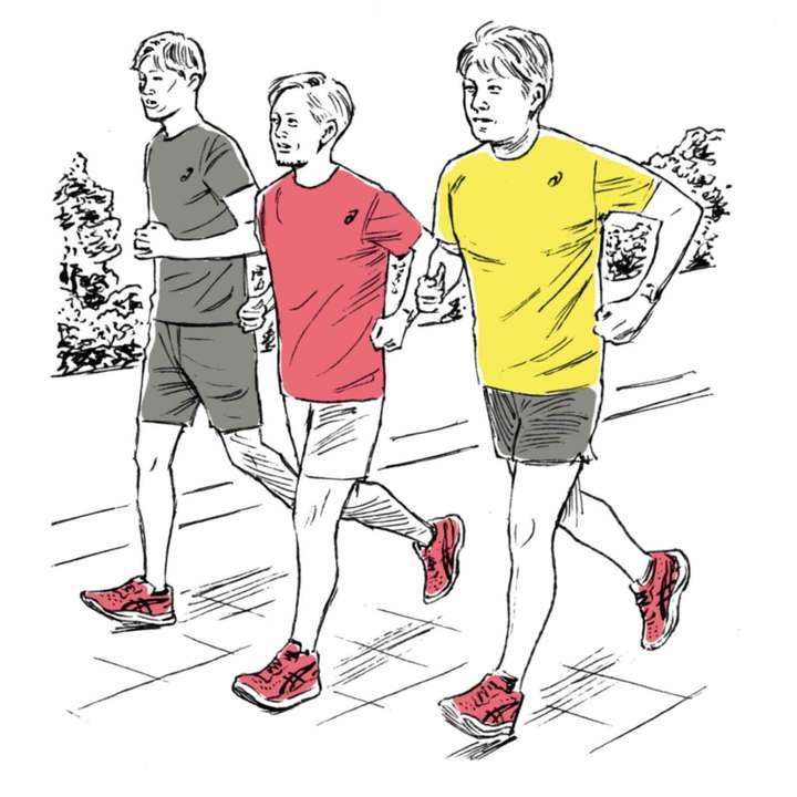 小谷さんにリードしてもらい、皇居周辺を3人でランニング。平地はもちろん、上り坂も下り坂もスムーズに走ることができた。