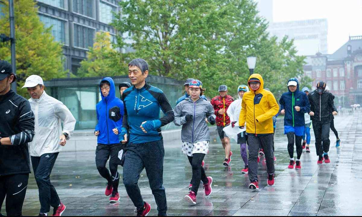 雨の中、試走会がスタート