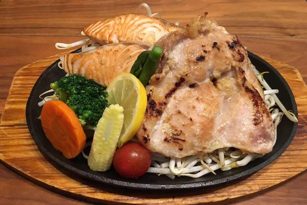 筋肉食堂の料理
