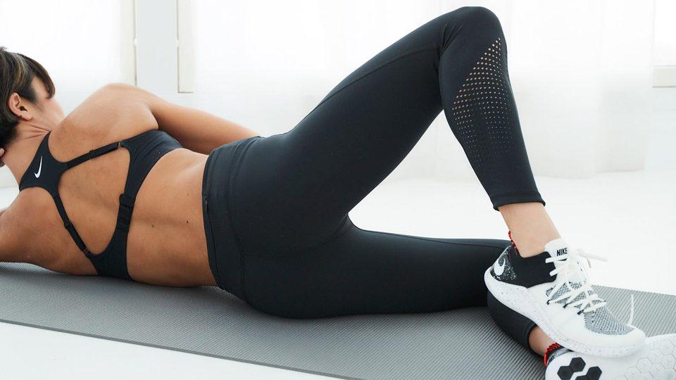 膝をパカパカ、「シェル」でお尻のサイドラインを整える|キレイをつくる自宅トレvol.37