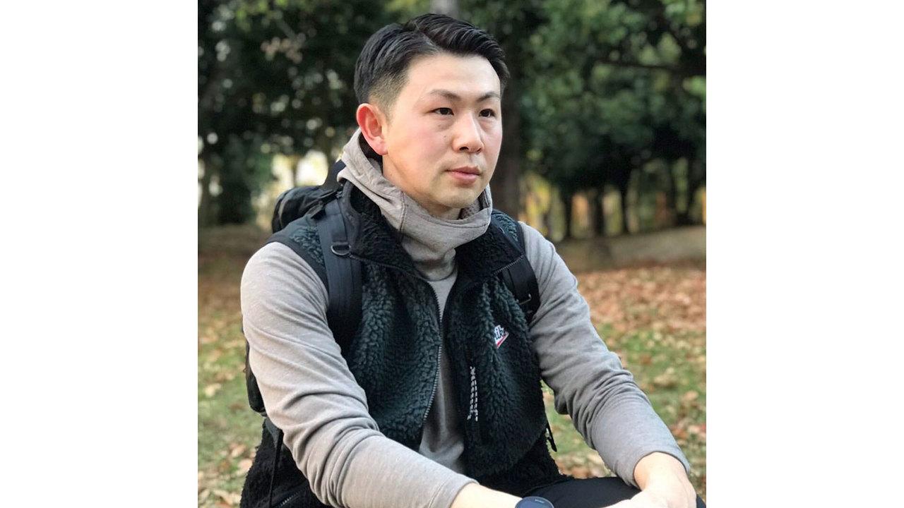 ターザン編集部員のワタベ