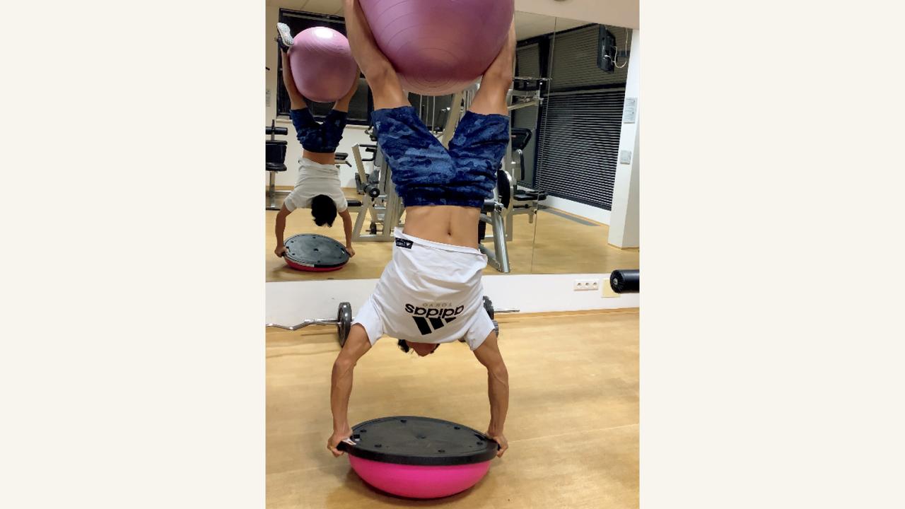た 体 鍛え 懸垂 だけ で 【懸垂で効率よく筋トレ】懸垂だけで逆三角形+瞬発力・筋持久力も向上